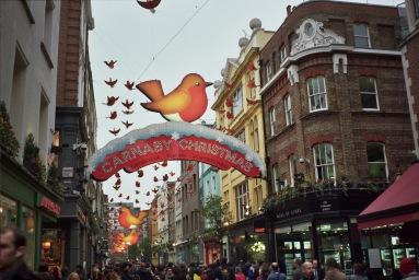 Olympus Trip 35. Kodak ColourPlus 200ISO. Carnaby street, London.